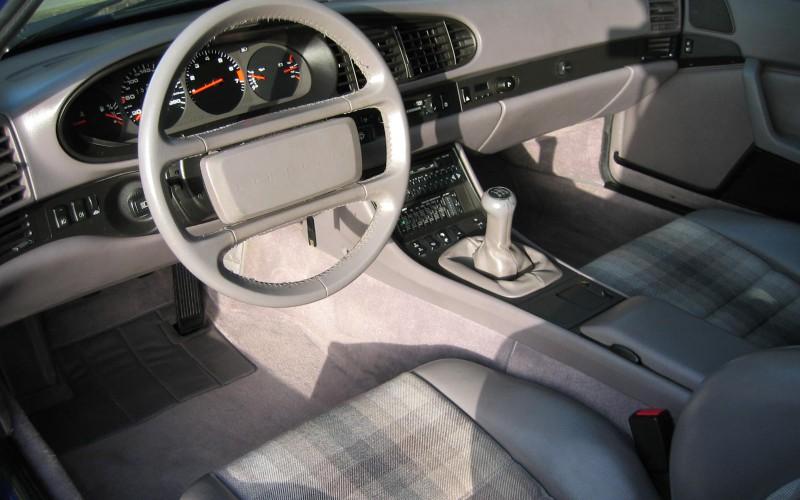 Porsche 944 S2 Coupe 1.Hand/Klima