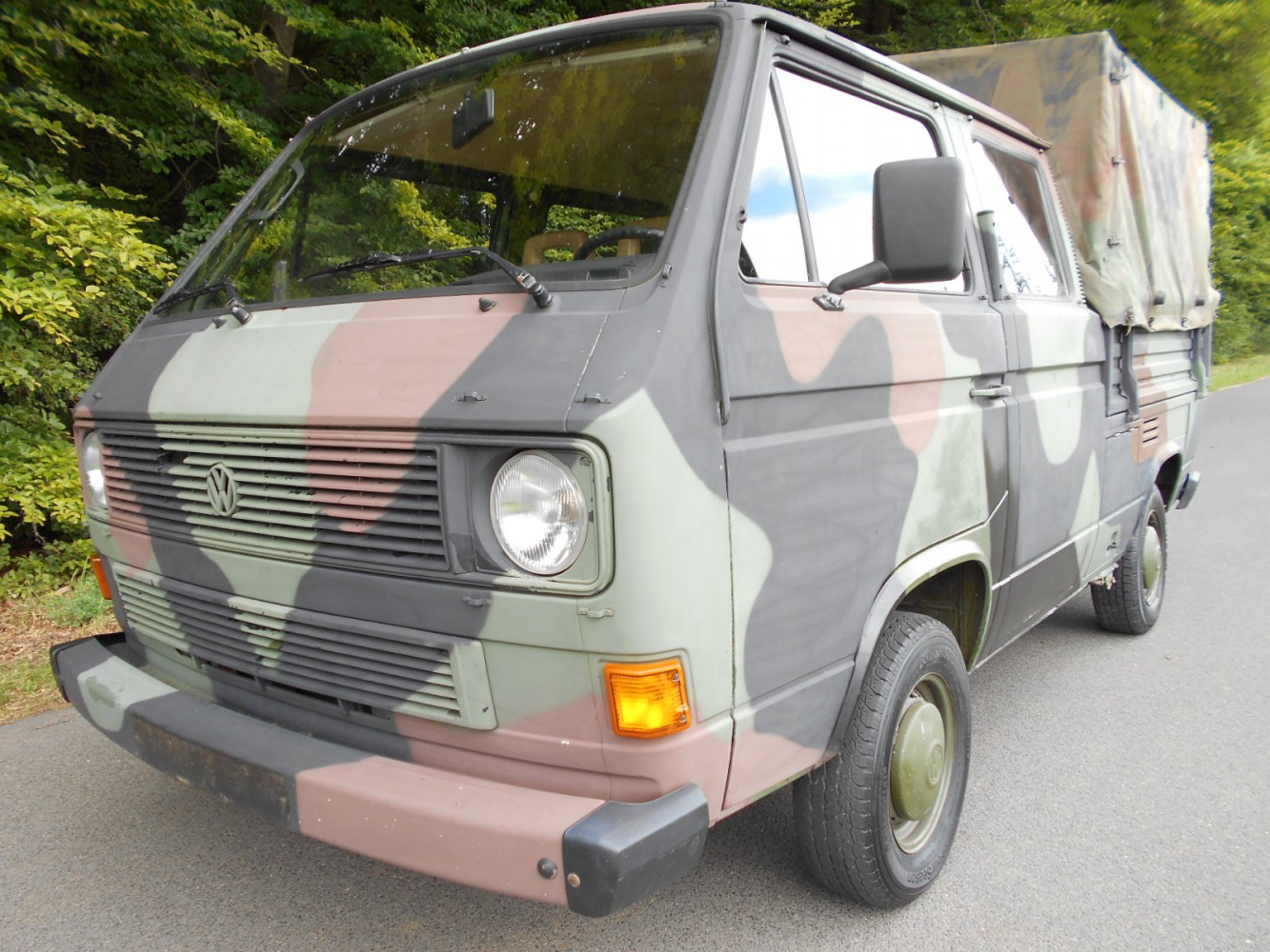 volkswagen t3 doppelkabine doka bundeswehr birgland classics. Black Bedroom Furniture Sets. Home Design Ideas